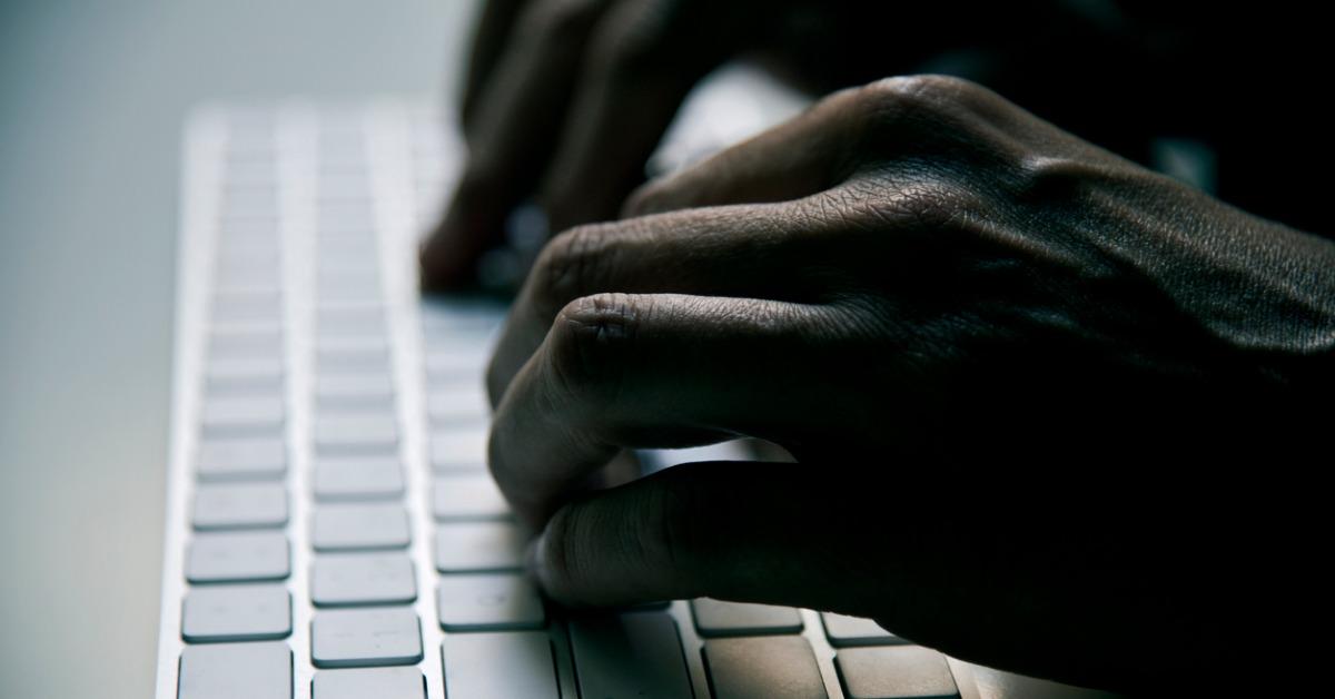 メール攻撃のタイプ: 脅迫メール のページ写真 3