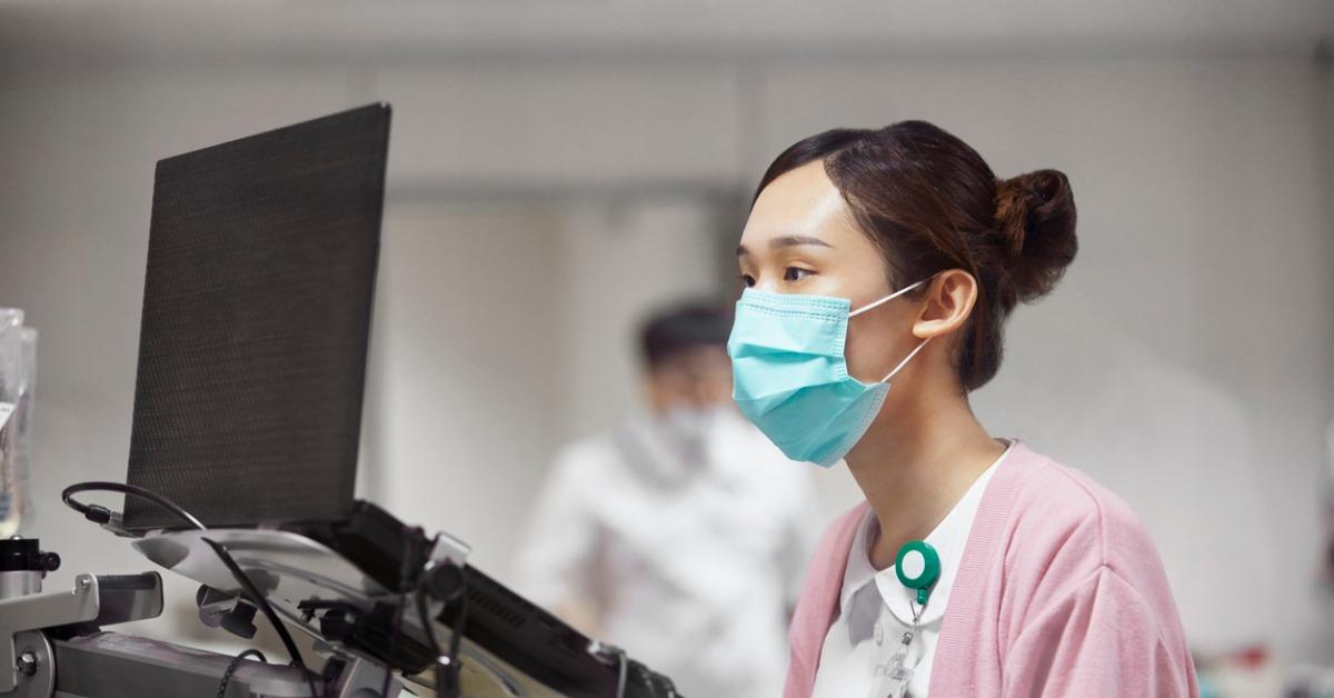 医療業界でインターネットに接続するデバイスを保護する のページ写真 2